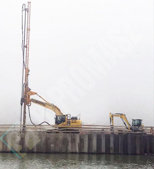 Osprzęt koparkowy JET typu OKJ-16 z placu budowy Bratysława fundamenty na nabrzeżu rzeki Dunaj - Bipromasz