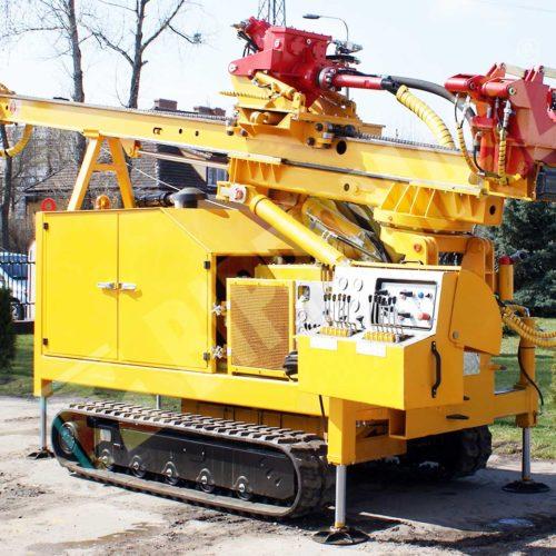 Wiertnica-do-pomp-ciepla-i-studni-H30G-na-podwoziu-gasienicowym-1